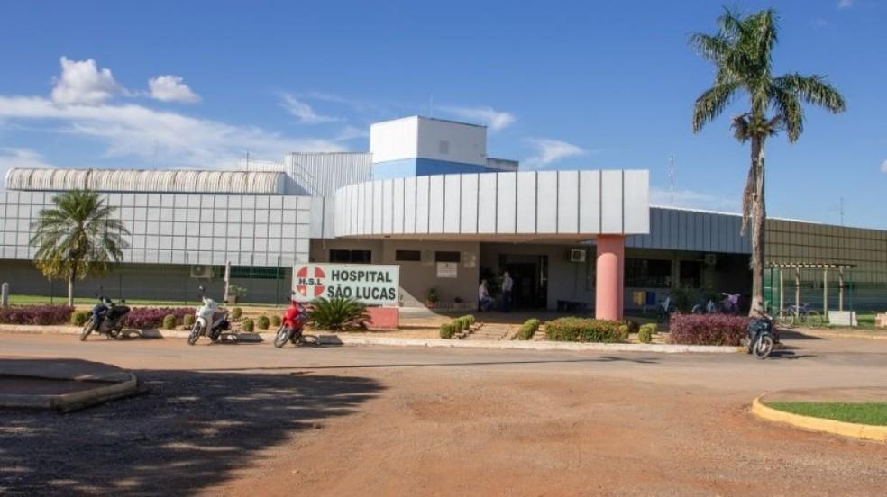 Paciente estava internado no Hospital São Lucas, em Lucas do Rio Verde — Foto:  Richard Montecinos/Portal da Cidade