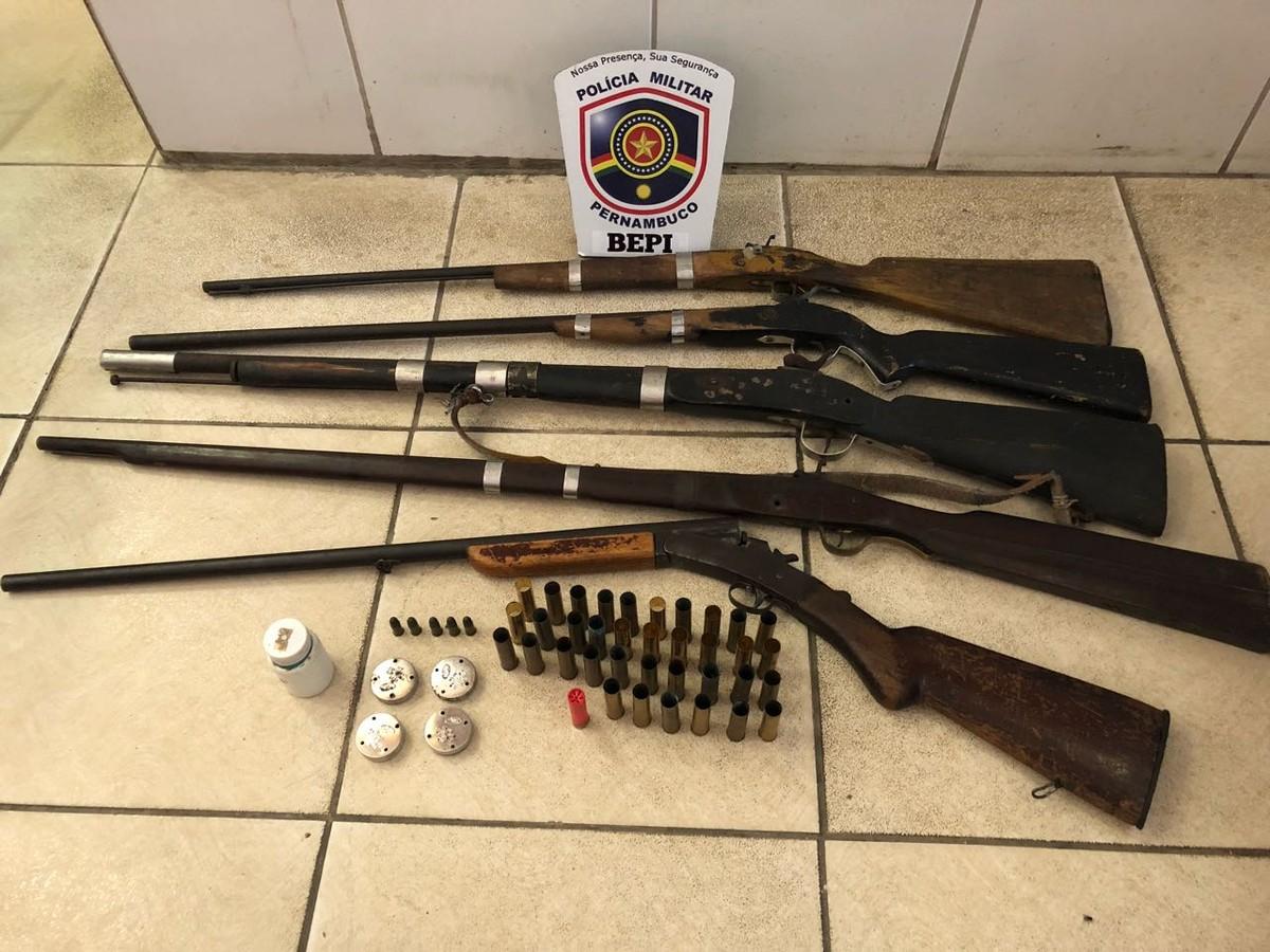 Homem é detido com armas e munições em Altinho
