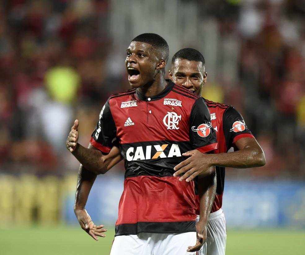 Lincoln celebra seu gol pelo Flamengo, no Campeonato Carioca  (Foto: André Durão / GloboEsporte.com)