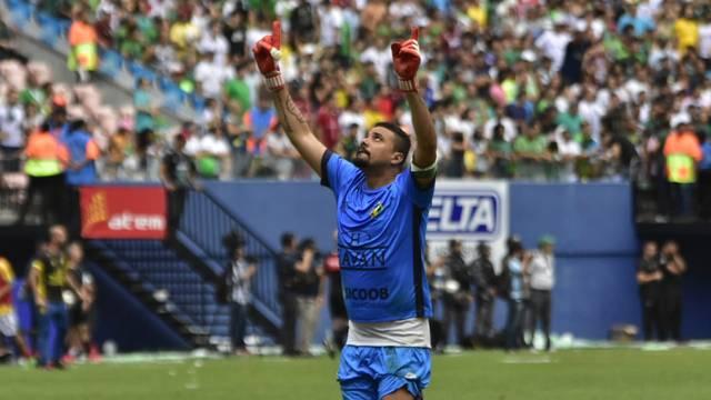 Goleiro Zé Carlos converteu o pênalti que deu o título ao Brusque