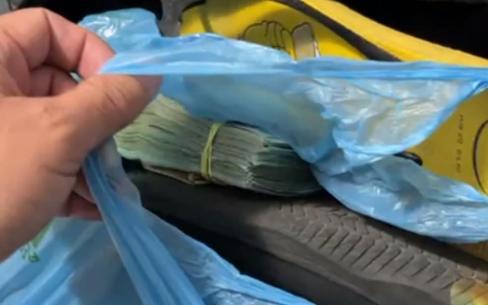 Fotógrafo goiano Pedro Augusto Ferreira achou R$ 25 mil em mala que pegou trocada — Foto: Reprodução/Arquivo pessoal