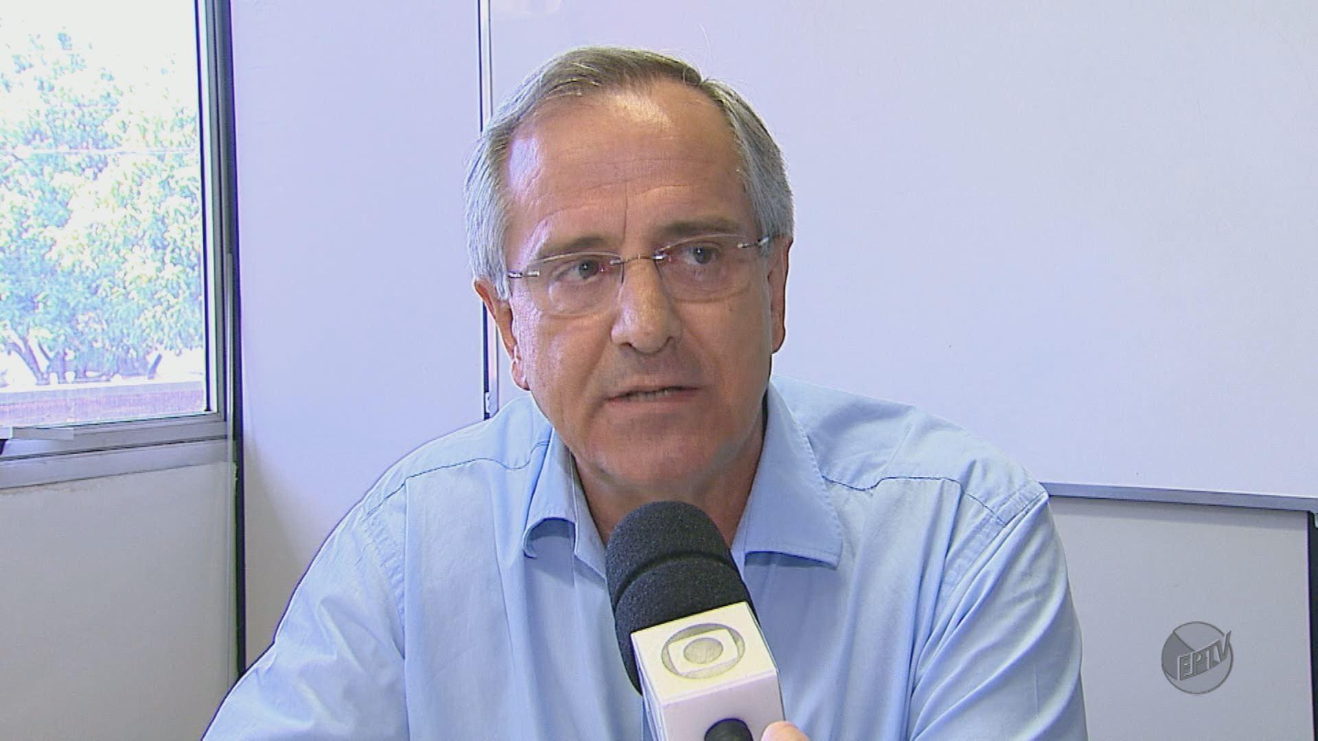 Ex-prefeito de São Carlos é condenado a devolver dinheiro por contratação de shows em 2014 - Radio Evangelho Gospel