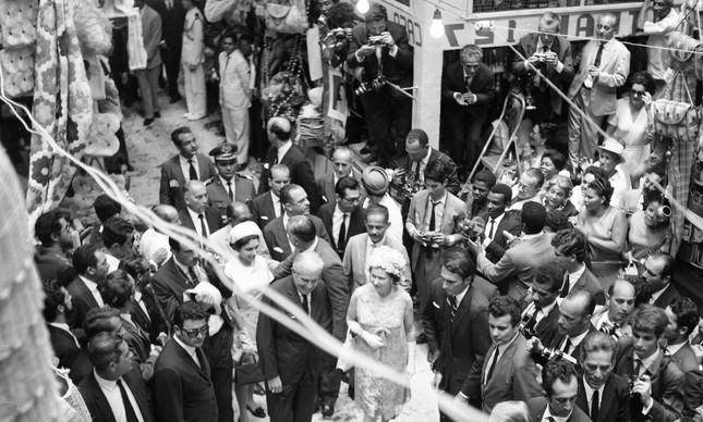 Elizabeth II em visita ao Mercado Modelo, em Salvador
