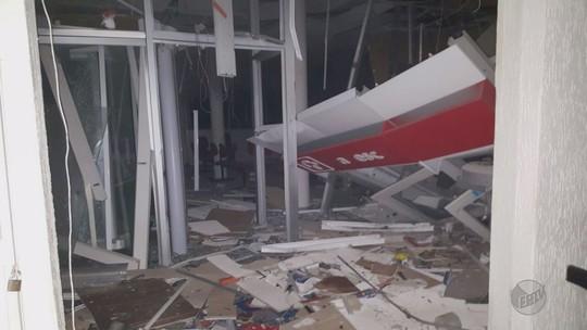 Criminosos explodem agências bancárias em duas cidades do Sul de Minas