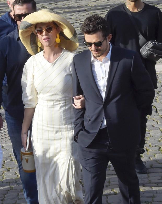 Katy Perry e Orlando Bloom na Itália (Foto: Grosby Group)