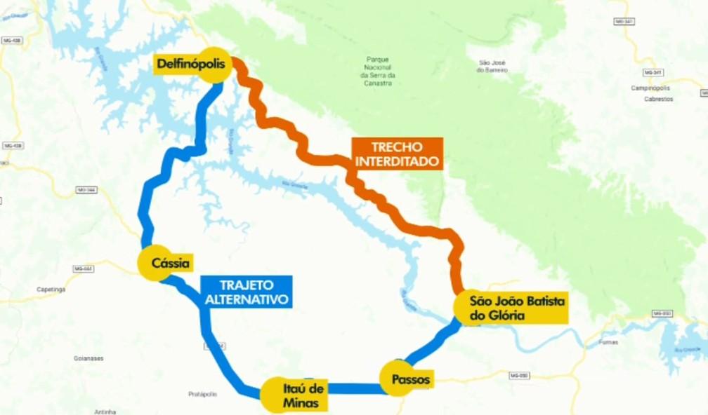 Rota alternativa é opção com trecho interditado da BR-464, em Delfinópolis (MG) — Foto: Reprodução/EPTV