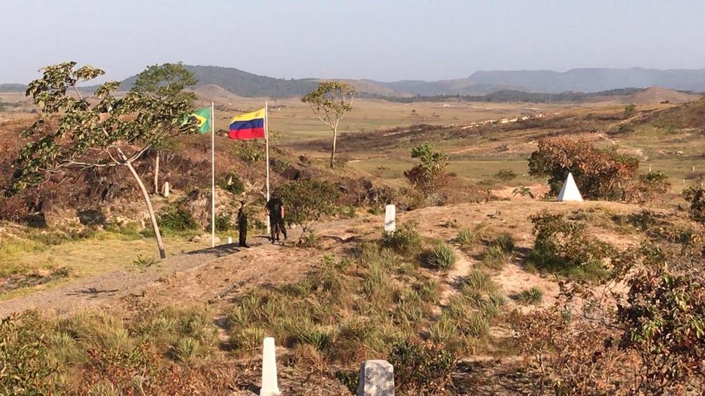 Militares brasileiros na fronteira — Foto: G1/Roraima