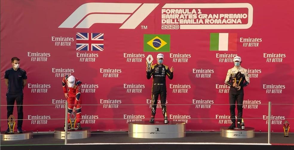 Caio Collet comemora vitória na Fórmula Renault em Imola — Foto: Reprodução/FOM