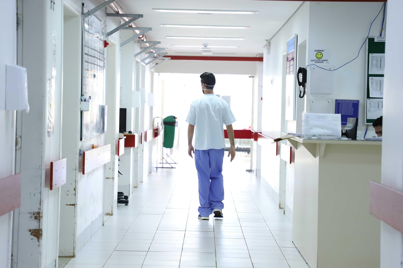 Coronavírus: Leitos de UTI estão 100% ocupados no HU de Ponta Grossa