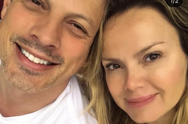 Eliana with her husband, Adriano Ricco (Photo: Reproduction)