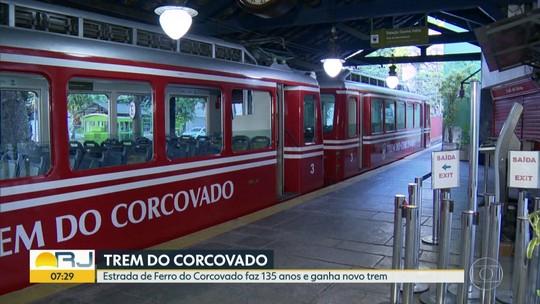 Estrada de Ferro do Corcovado completa 135 anos e ganha novo trem