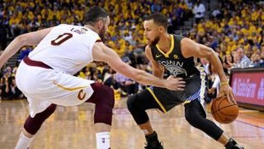 Jogo 2: Curry infernal😈, J.R. alvo de zoeira🤣, e novo esforço em vão de LeBron😖