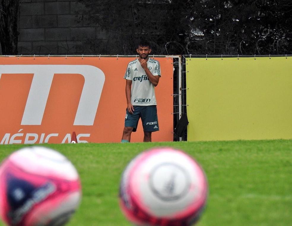 Gustavo Scarpa quer jogo; estreia pode ser no clássico (Foto: Tossiro Neto)