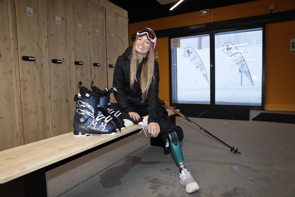 Paola se preparando pra esquiar (Foto: Divulgação)