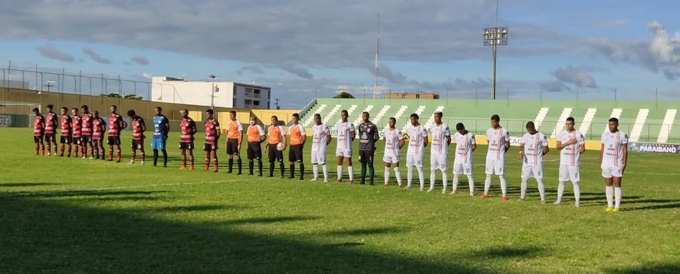 Sousa e Campinense fizeram um jogo parelho no Marizão, sem grandes chances de gol de lado a lado — Foto: Jefferson Emmanuel / Sousa