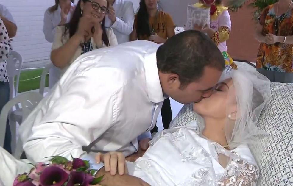 Segundo Jéssica Alves, casar na Igreja era um sonho dela (Foto: TV Cabo Branco/Reprodução)