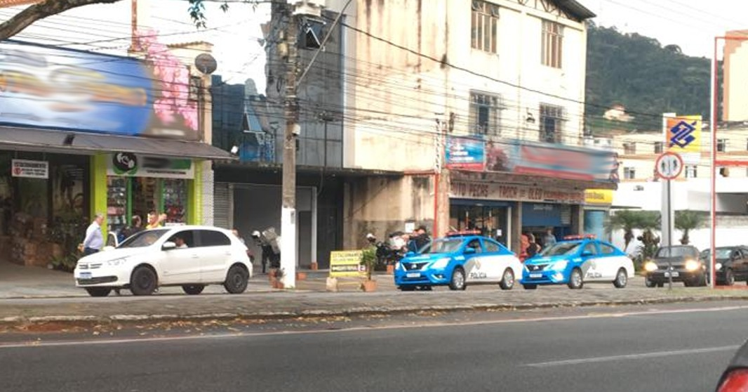 Operação de fiscalização fecha 55 estabelecimentos em Teresópolis, no RJ