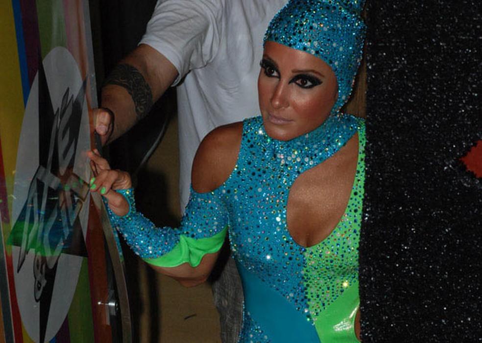 Claudia Leitte no 'Carnaval da superação' em 2010 — Foto: Edgar de Souza/G1