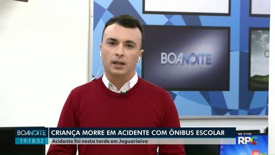 Criança morre e outras quatro ficam feridas em acidente com ônibus escolar no interior do Paraná, diz polícia