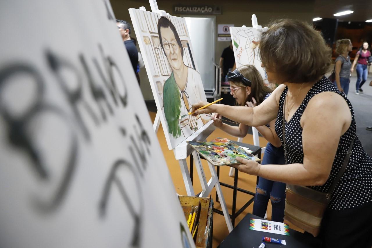 Cursos gratuitos nas áreas de arte e cultura recebem inscrições em Rio Preto