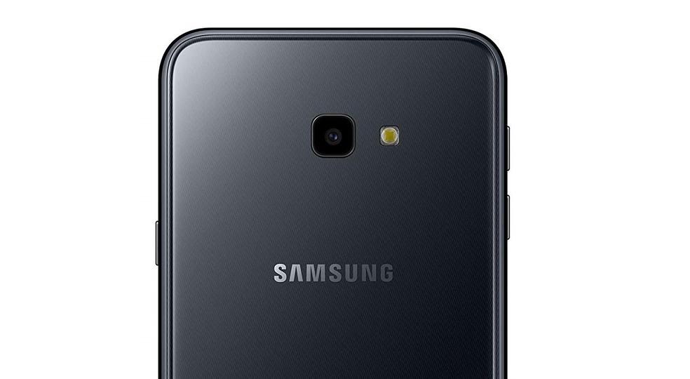 2346de2d7 ... Galaxy J4 Plus  celular pode ser encontrado por menos de R  1.000 no  comércio