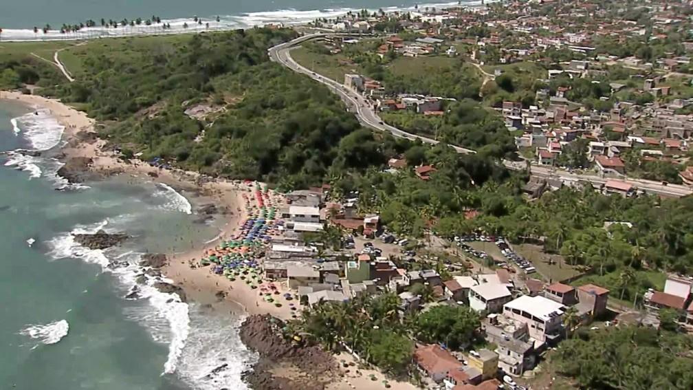 Praia de Gaibu, no Cabo de Santo Agostinho, também teve grande fluxo de banhistas no feriado de 7 de setembro — Foto: Reprodução/TV Globo