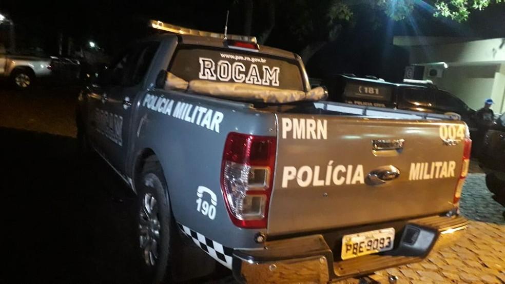 Equipe da Rocam entrou em confronto com assaltantes no bairro da Coophab, em Parnamirim, na Grande Natal — Foto: Julianne Barreto/Inter TV Cabugi