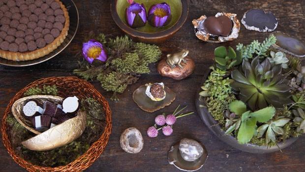 Páscoa: como fazer um arranjo de mesa com chocolates e suculentas (Foto: Casa Vogue)