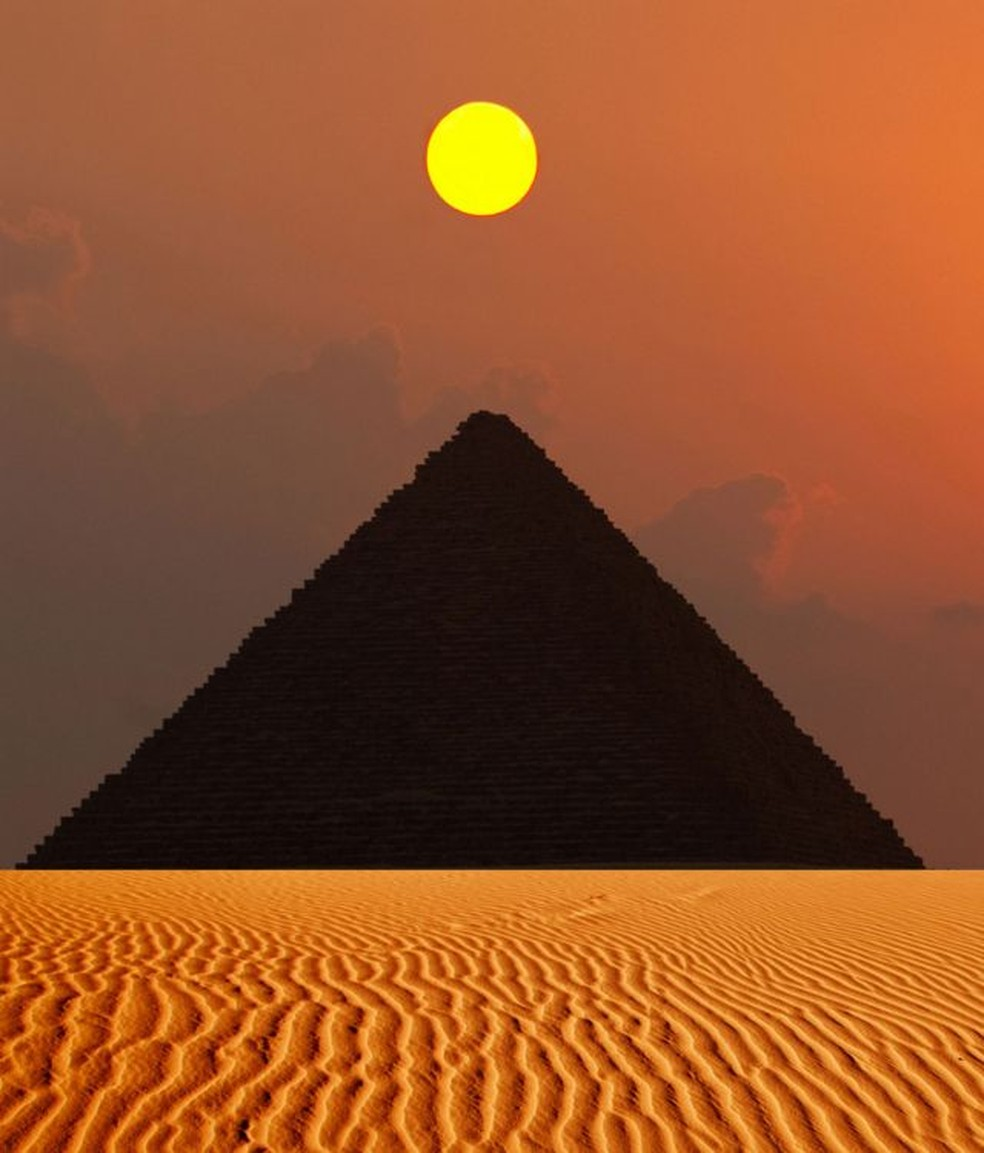 A Pirâmide de Gizé foi a estrutura mais alta do mundo construída pelo homem até o século 14 — Foto: Getty Images via BBC