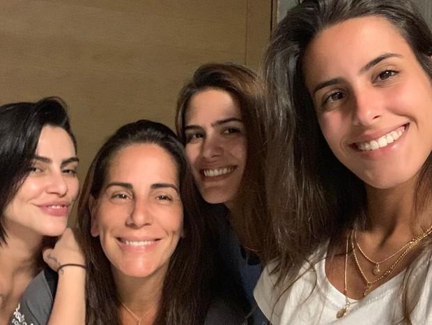Gloria Pires e as filhas (Foto: Instagram/Reprodução)