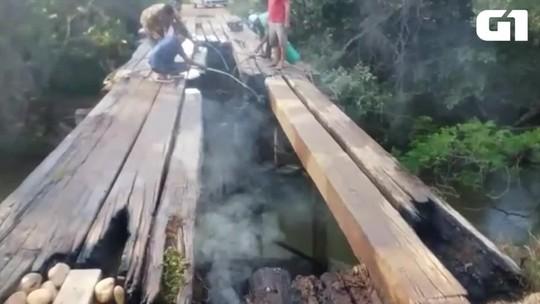Ponte é destruída por incêndio no sul do Tocantins; fogo pode ter sido criminoso