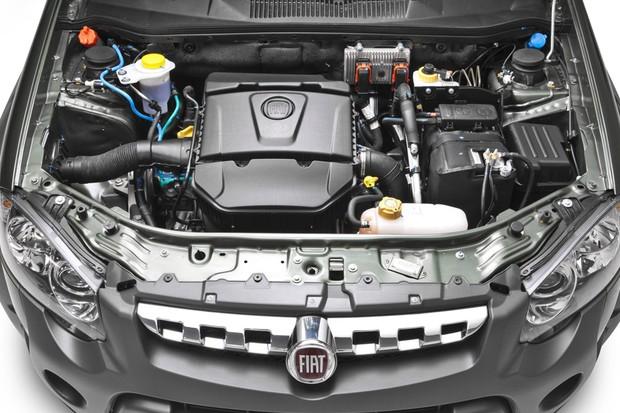 Motor 1.8 oferece desempenho razoável, o maior porém está no consumo (Foto: Divulgação)