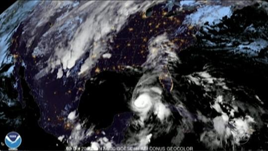 Furacão Michael segue na direção da Flórida, nos EUA