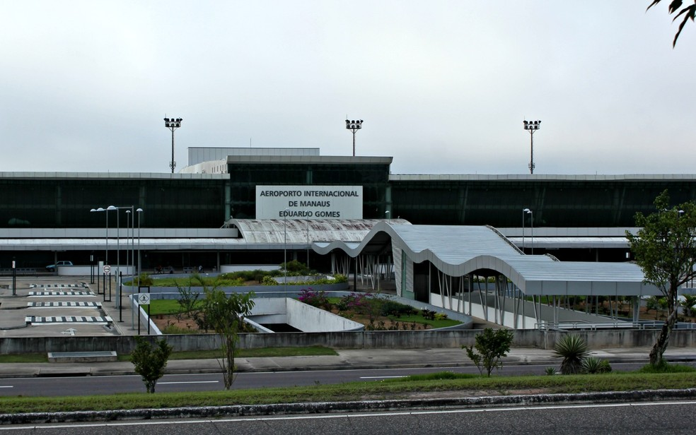 Aeroporto operou por instrumentos nesta quarta-feira (8) (Foto: Suelen Gon�alves)