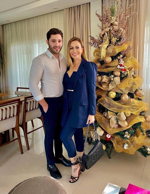 Solange Almeida e Monilton Moura (Foto: Reprodução/Instagram)