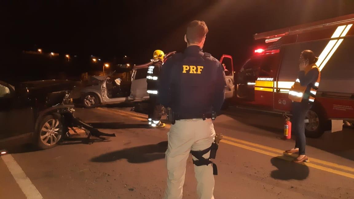 Acidente mata dois idosos na BR-470, em Carlos Barbosa - Notícias - Plantão Diário