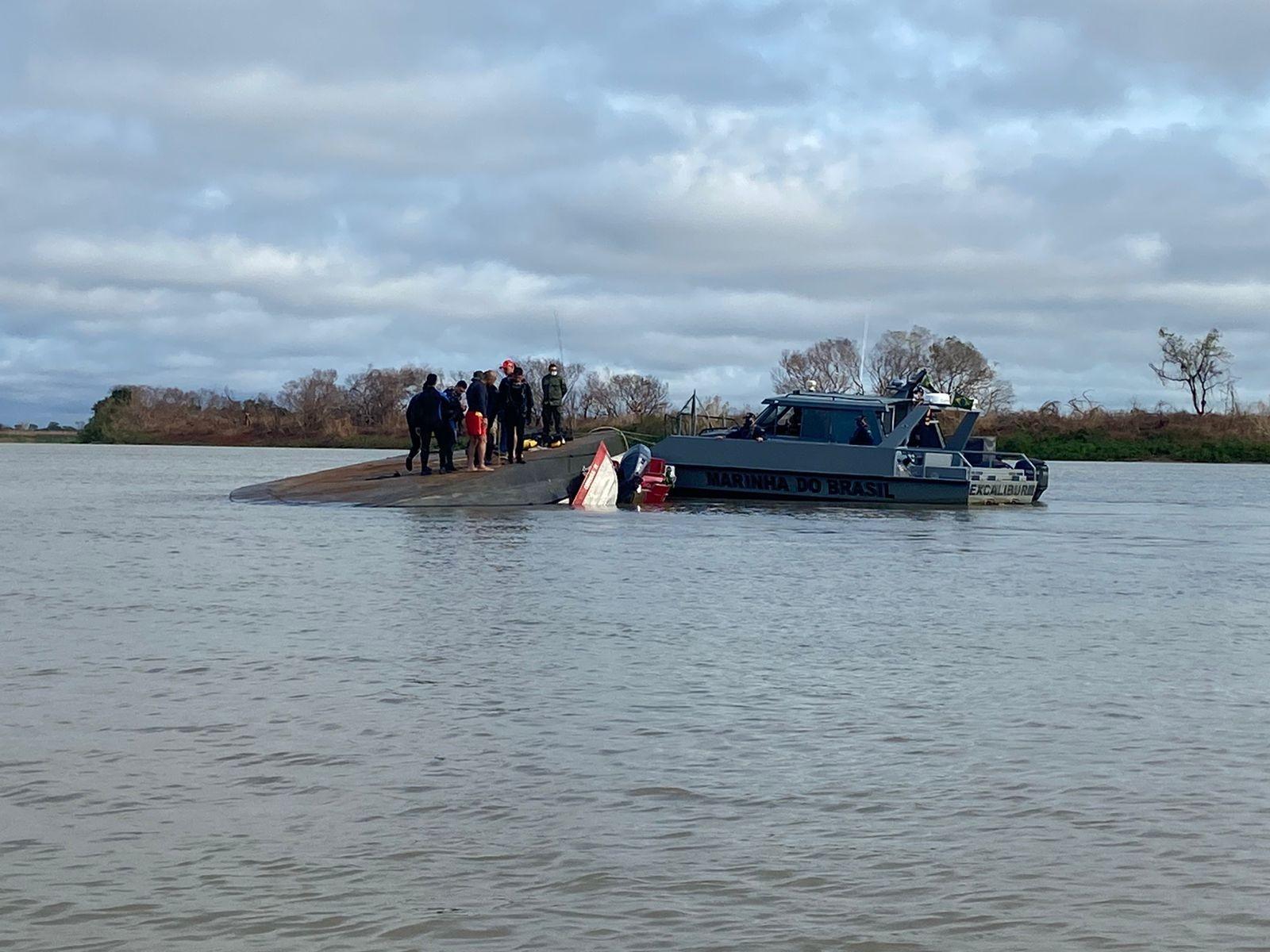 'Deu uma chacoalhada no barco. Dois segundos depois virou', conta sobrevivente de naufrágio em MS