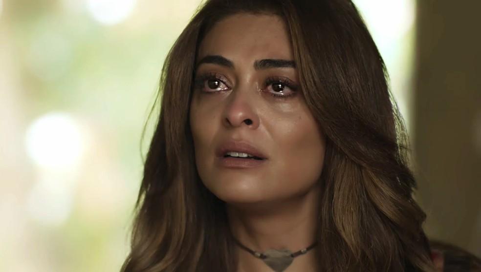 Em 'A Força do Querer', Bibi (Juliana Paes) fica passada com atitude de Rubinho (Emilio Dantas)  — Foto: Globo