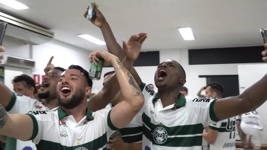 Vídeo: veja os bastidores do jogo e da festa do acesso do Coritiba para a Série A