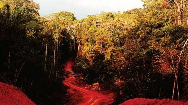 Imagem do Ministério Público do Mato Grosso mostrando o caminho para chegar até Colniza, onde nove pessoas foram assassinadas em abril de 2017 (Foto: via BBC)