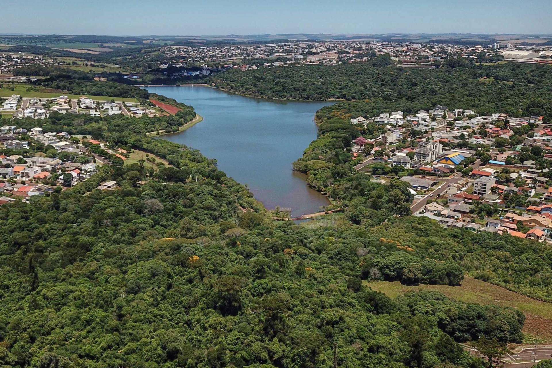 Sanepar reabre registro do Lago de Cascavel para ajudar no abastecimento de água