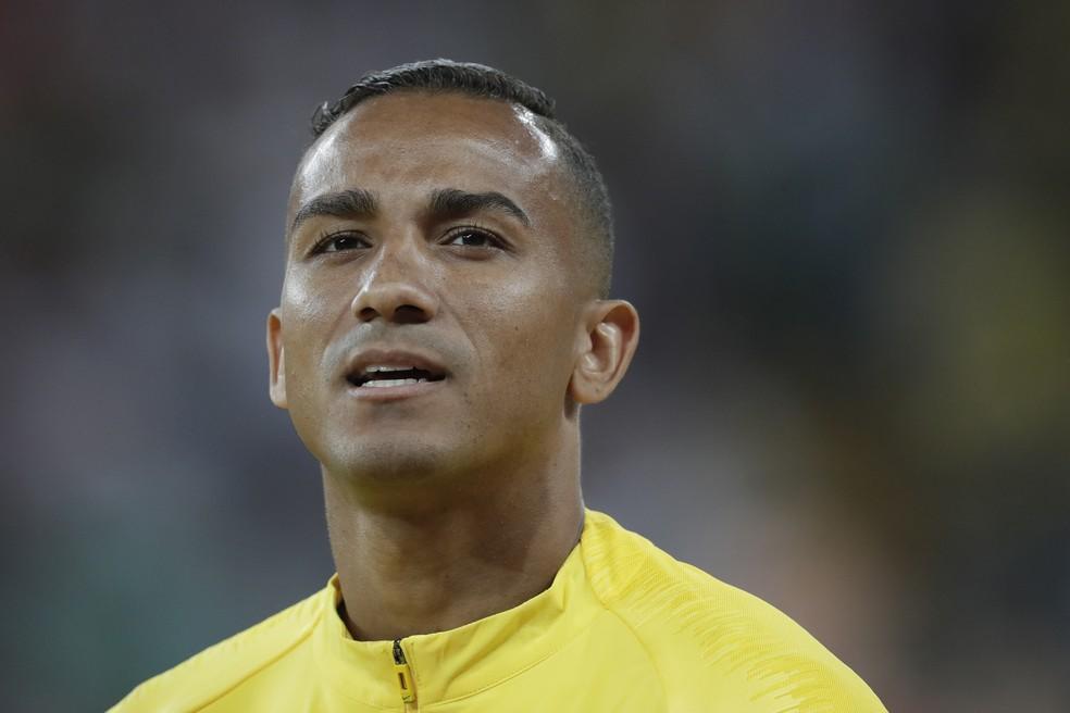 Danilo será titular da seleção brasileira contra a Argentina nesta sexta — Foto: André Durão / Mowa Press