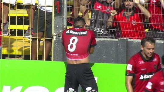 Herói da vitória contra Inter, Itaqui revela dilema e corre risco de perder Gauchão