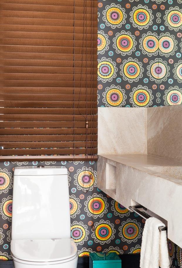 lavabo-papel-de-parede-Andrea-Murao (Foto: Lufe Gomes/Editora Globo)