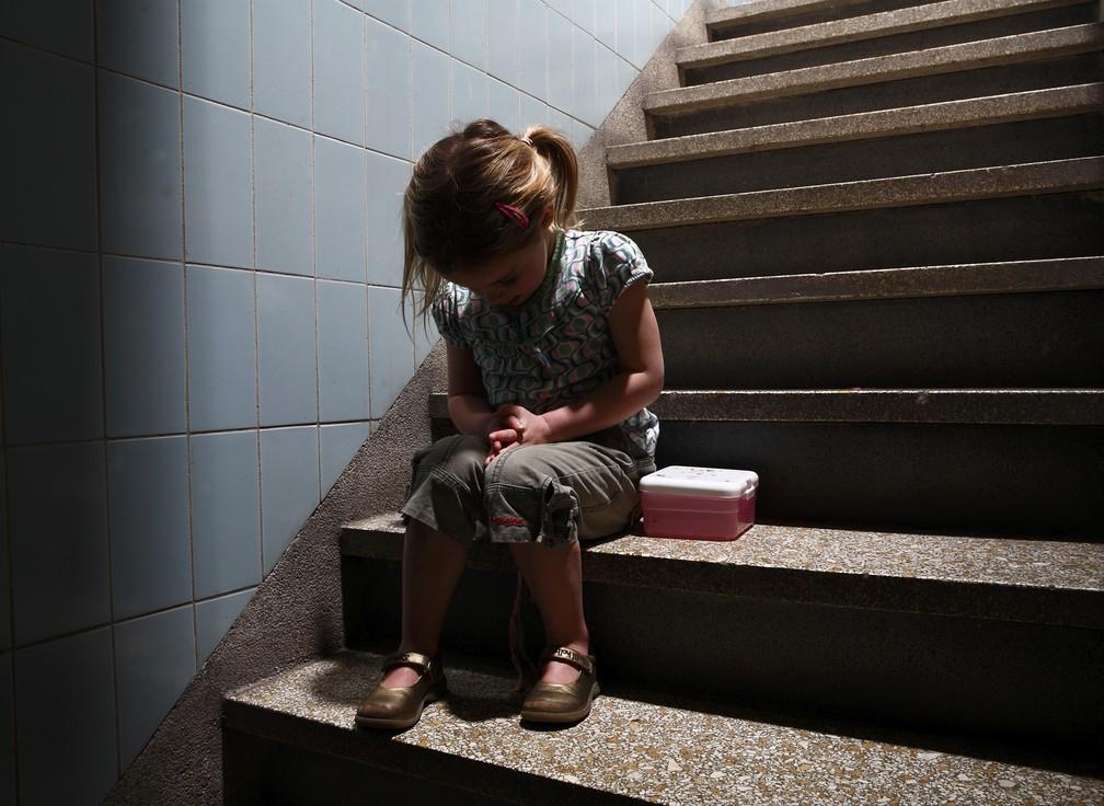 Vítimas do sexo feminino são a maioria entre as vítimas de violência sexual entre crianças e adolescentes (Foto: Roos Koole/ANP/Arquivo)