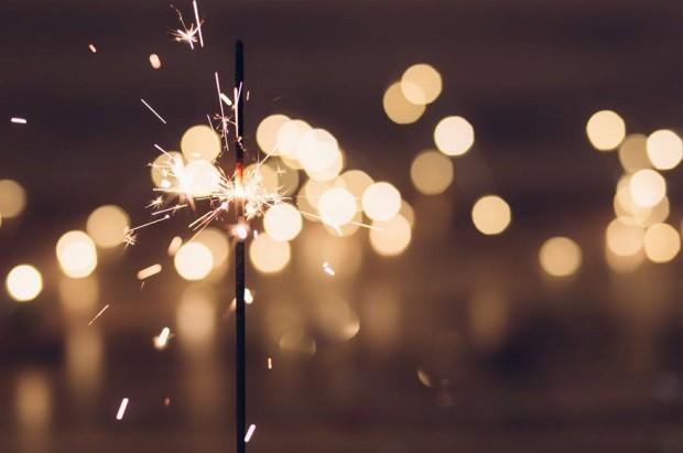 Criatividade - caminho - perspectiva - vida - luz - energia - projetos - planos - novo ano - resolução - festa - brilho (Foto: Pexels)
