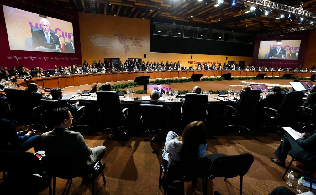-  Vice-presidente americano Mike Pence fala neste sábado  14  na Cúpula das Américas, em Lima, no Peru  Foto: Karel Navarro/AP Photo