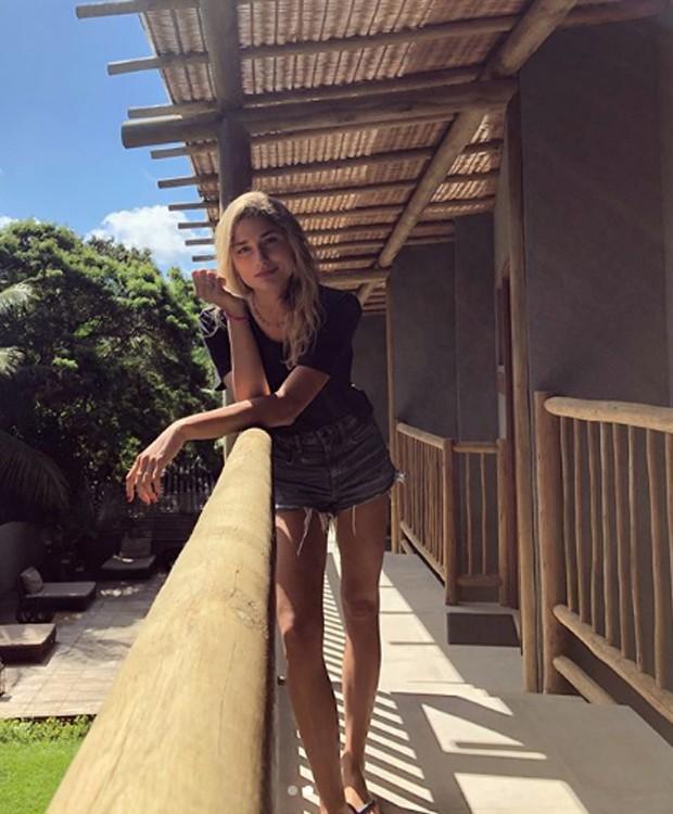 Sasha aproveita um momento de descanso para fugir para a ilha (Foto: Instagram/ Reprodução)