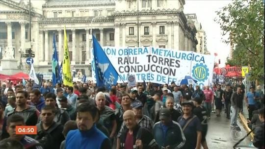 Manifestantes contra o governo argentino ocupam ruas de Buenos Aires