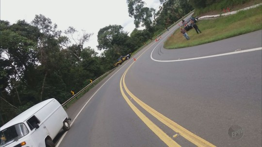 Motociclista de 19 anos morre em acidente com Kombi em distrito de Caldas, MG